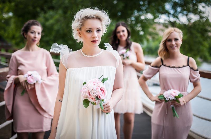 c4799b52a4 Milyen a tökéletes esküvői ruha? - BellaCafe.hu